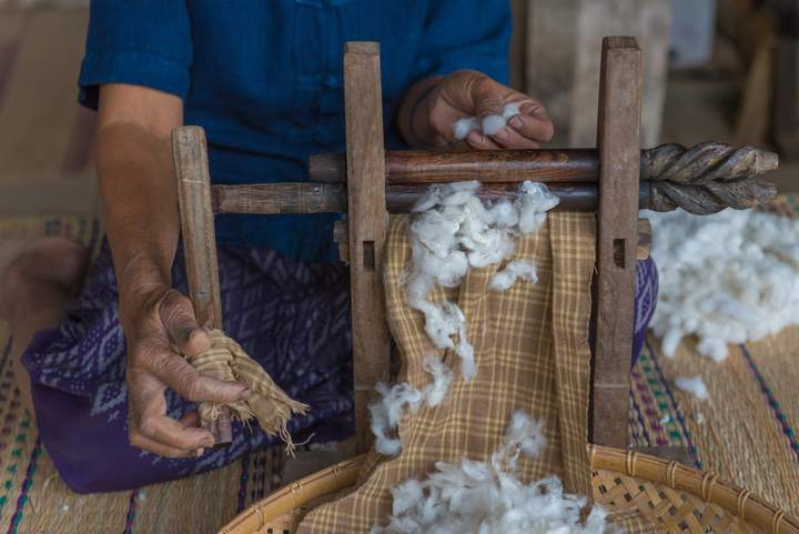 Making of silk fabric from silk coocons